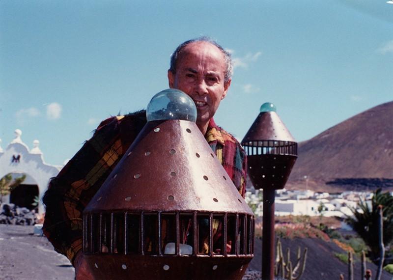 César Manrique en la sede de la Fundación