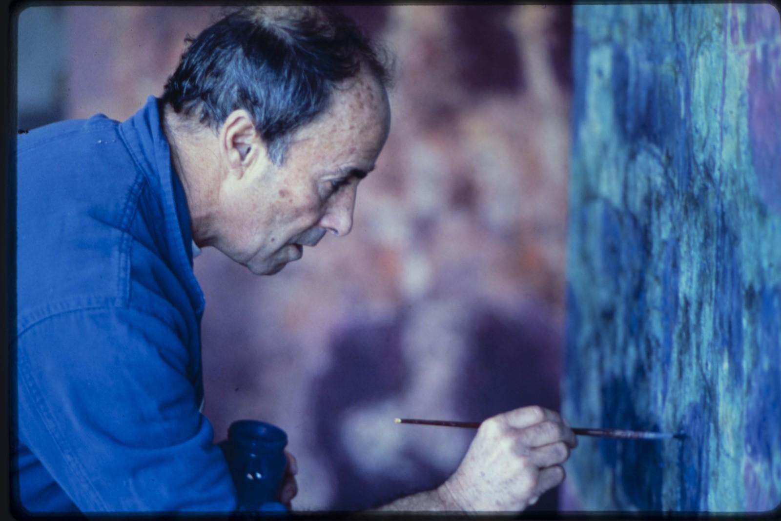César Manrique pintando I