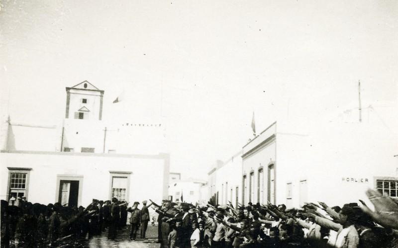Militares en La Plazuela