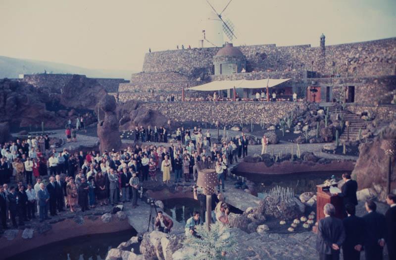 Acto de inauguración del Jardín de Cactus I