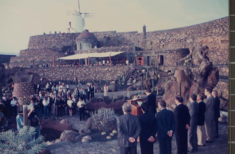 Acto de inauguración del Jardín de Cactus II