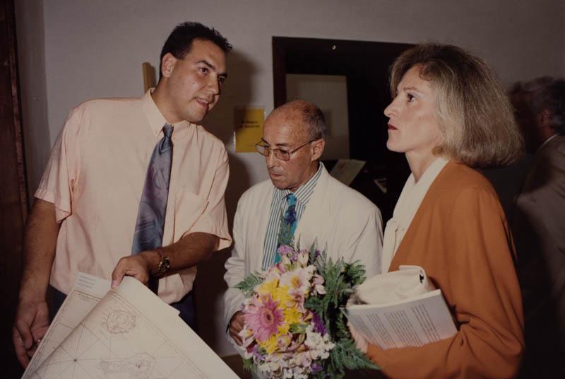 César Manrique y rectora de la Universidad de La Laguna