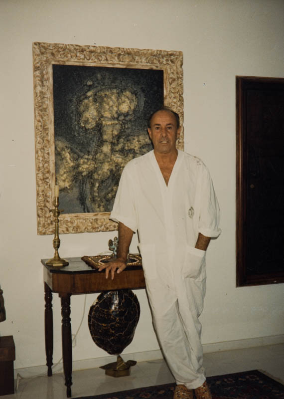 César Manrique en su vivienda de Tahíche II