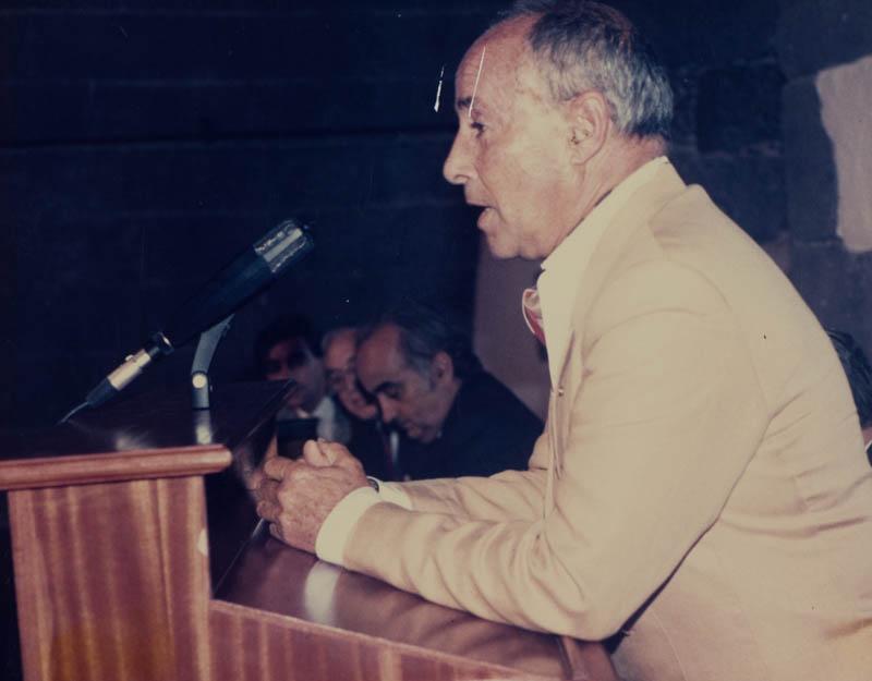 César Manrique en el MIAC