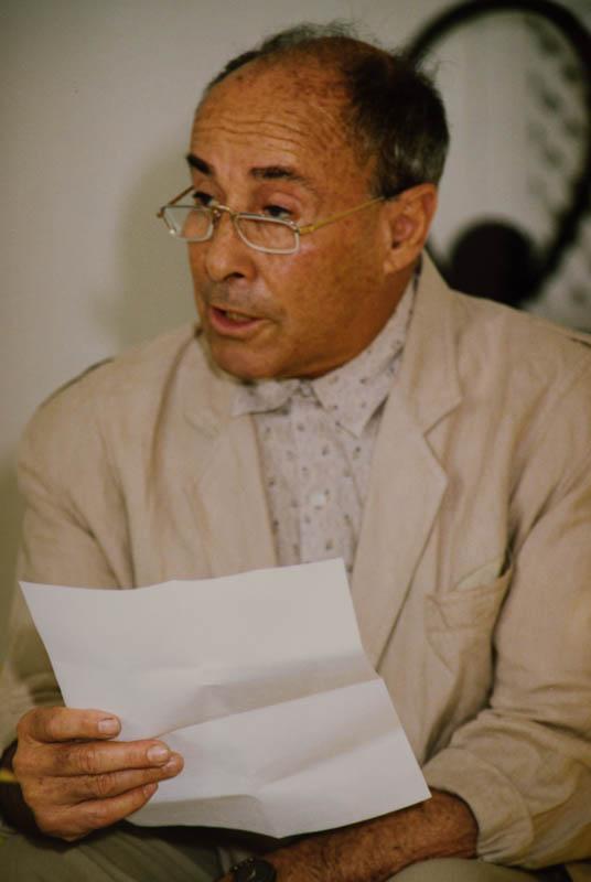 Manrique leyendo declaración V