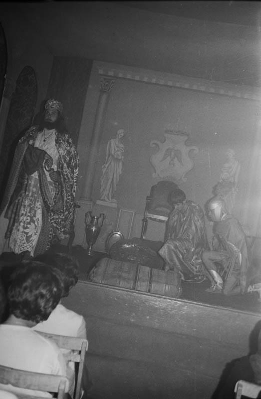 Drama de Reyes XIII