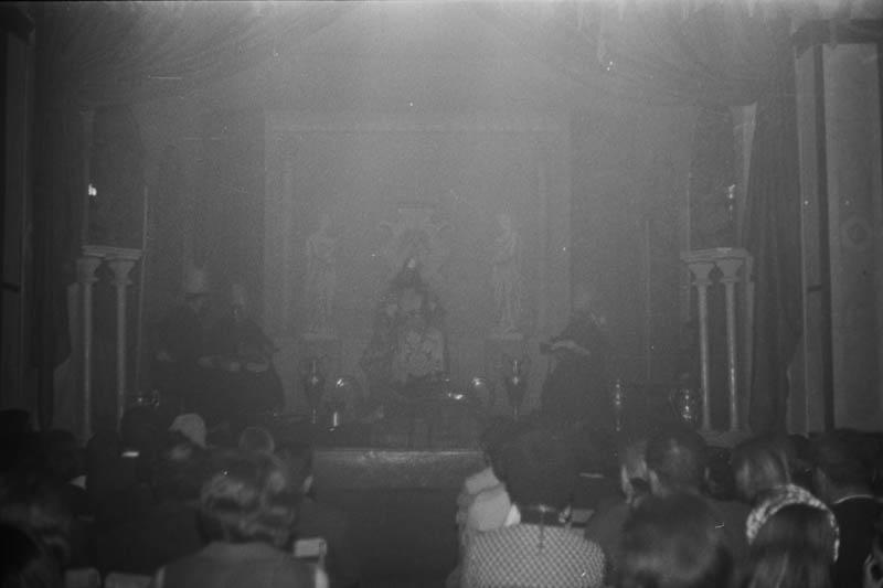 Drama de Reyes XIV