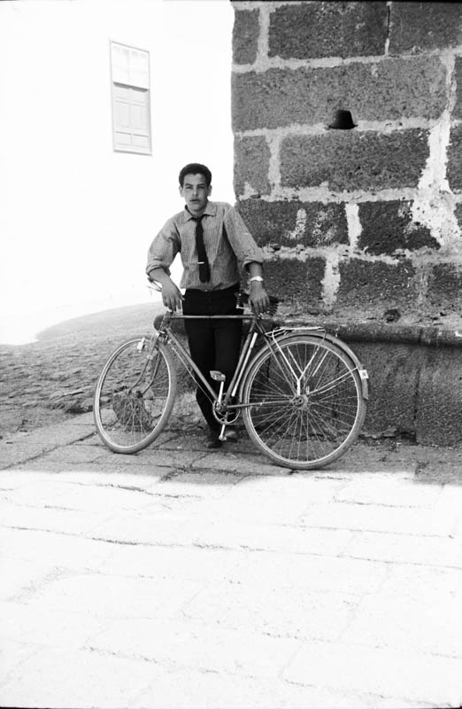 Retrato en bicicleta II