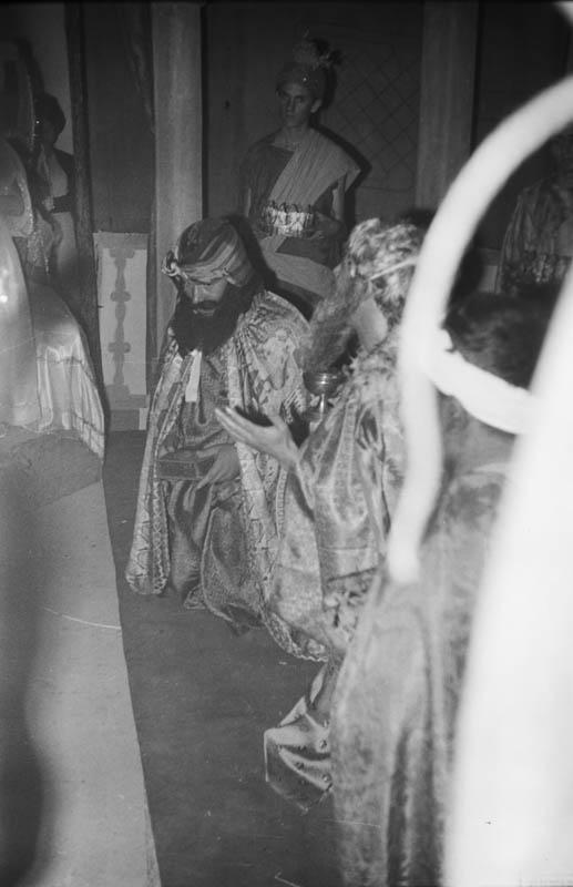 Drama de Reyes XXIV