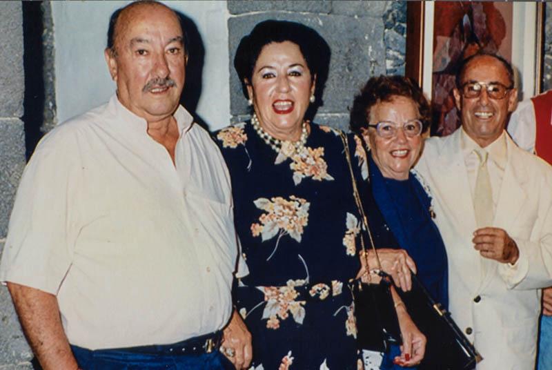 César Manrique con todos sus hermanos