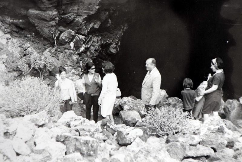 Visita Cueva de los Verdes II