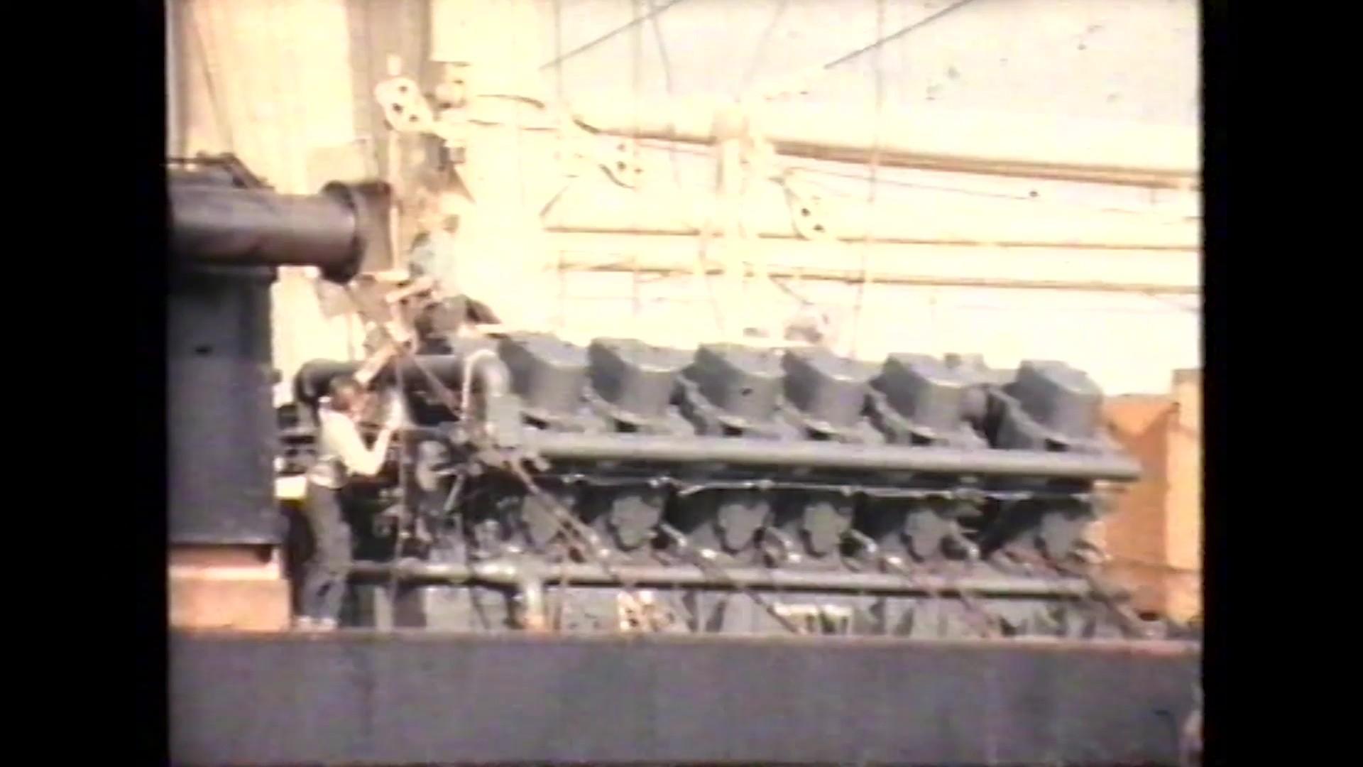 Llegada de la potabilizadora a Lanzarote (1964)