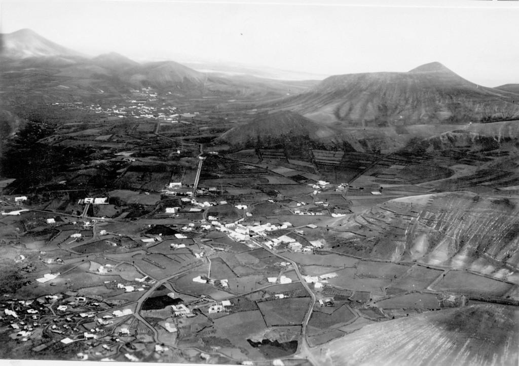 Imagen aérea del pueblo de Yaiza