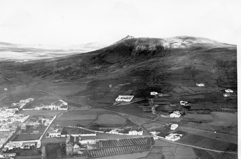 Imagen aérea de la Villa de Teguise