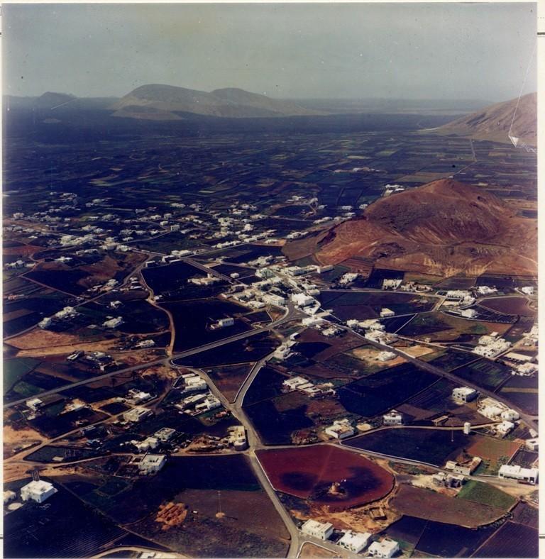 Imagen aérea del pueblo de Tinajo I