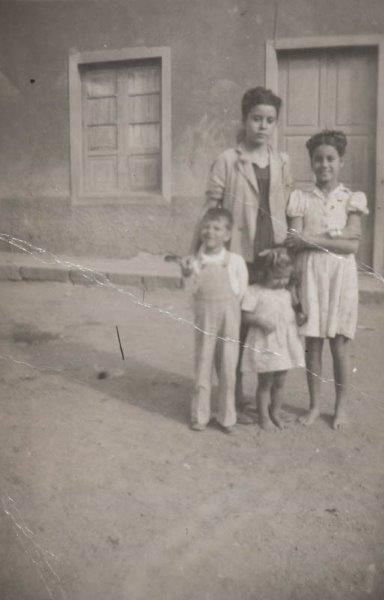 Niños en una calle de Arrecife