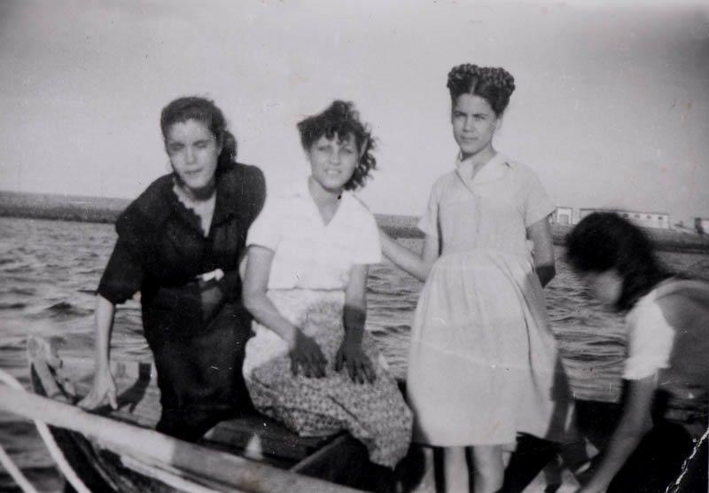 Jóvenes en barquilla