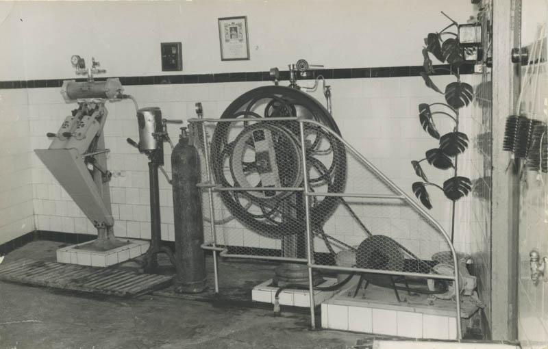 Antigua fábrica de sifones III