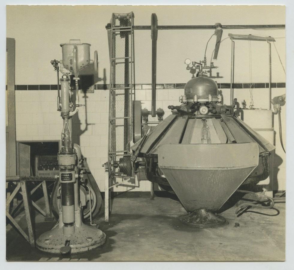 Antigua fábrica de sifones X