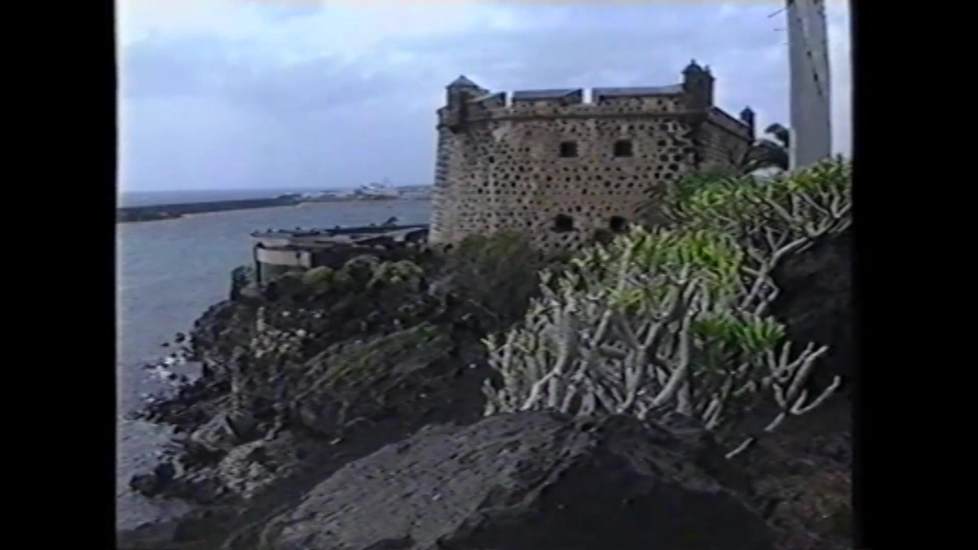Castillo de San José en 'Isla de los volcanes' (1990)