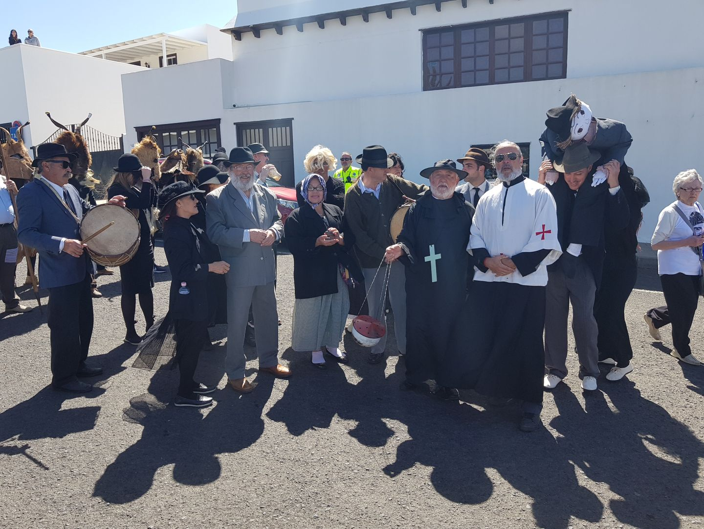 Entierro de la sardina II. Sansusino de Garachico (Tenerife)