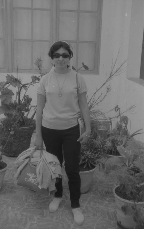 Muchacha en Haría