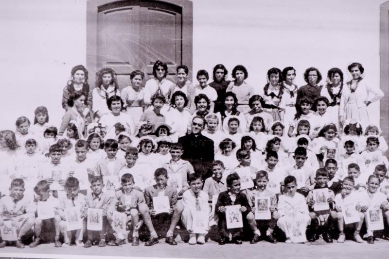 Primera comunión de niños en San Bartolomé