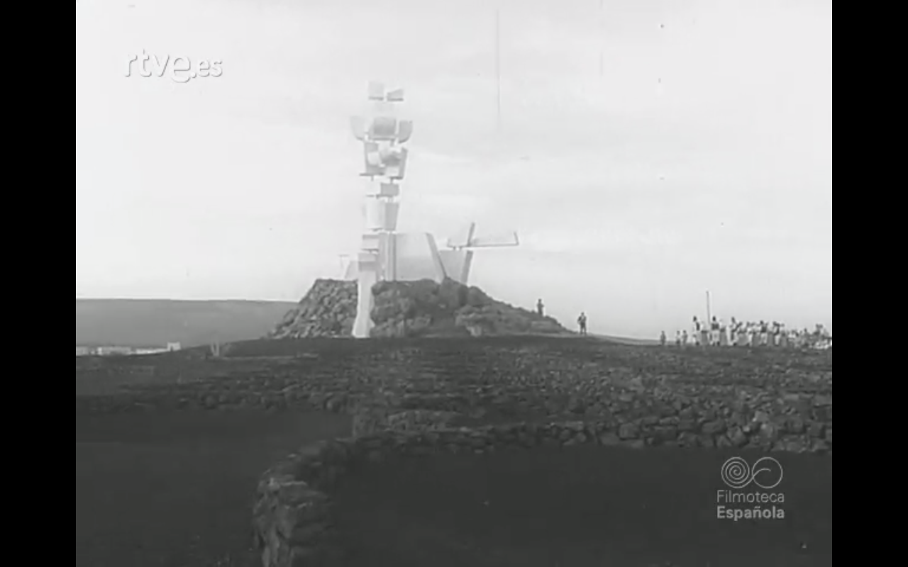 Nuevo complejo turístico Playa Blanca y Monumento a la Fecundidad (1968)