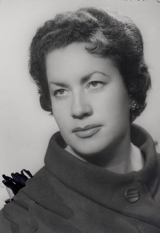 Pilar Perdomo I