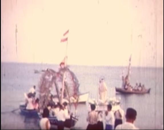 Procesión marinera en Playa Blanca (1967)