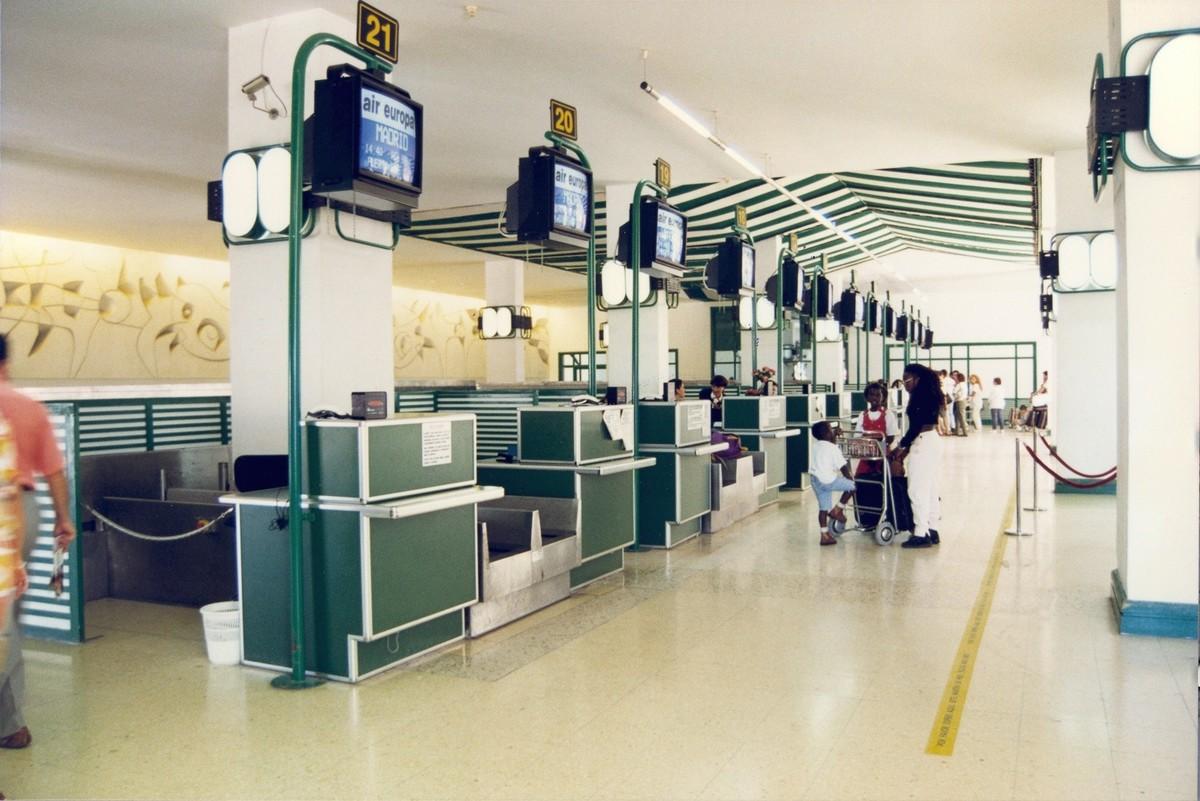 Antigua terminal del aeropuerto XXXVI