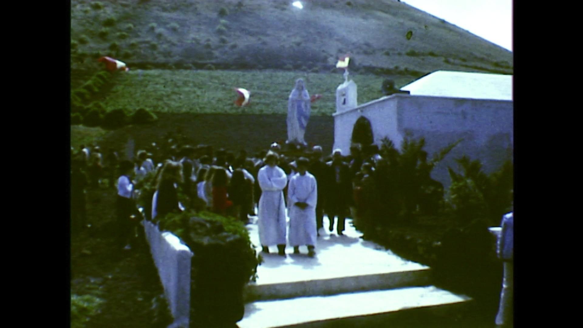 Procesión de Nuestra Señora de Lourdes en Guinate (c. 1975)