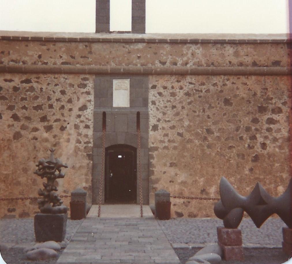 Fachada del Castillo de San José
